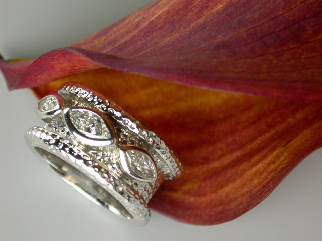 Diamond Signature Ring