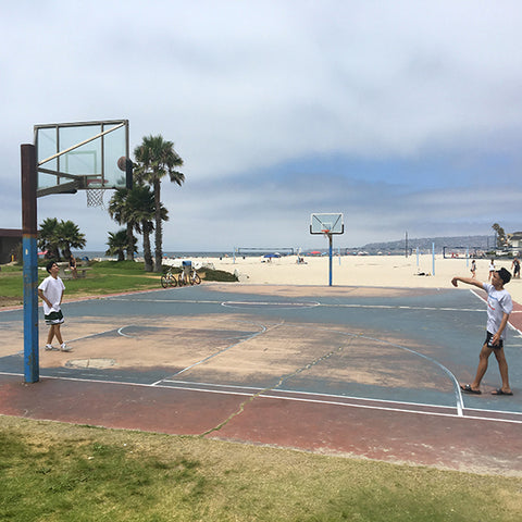 outdoor basketball at south mission beach