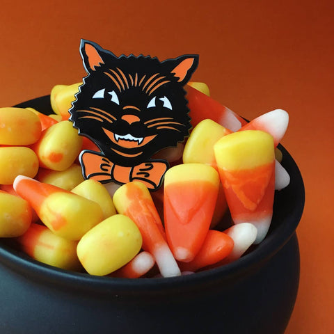 Retro Halloween Cat Pin