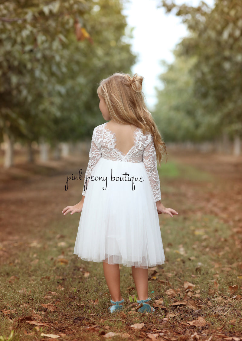 Amber Dress long sleeve/knee length~ White