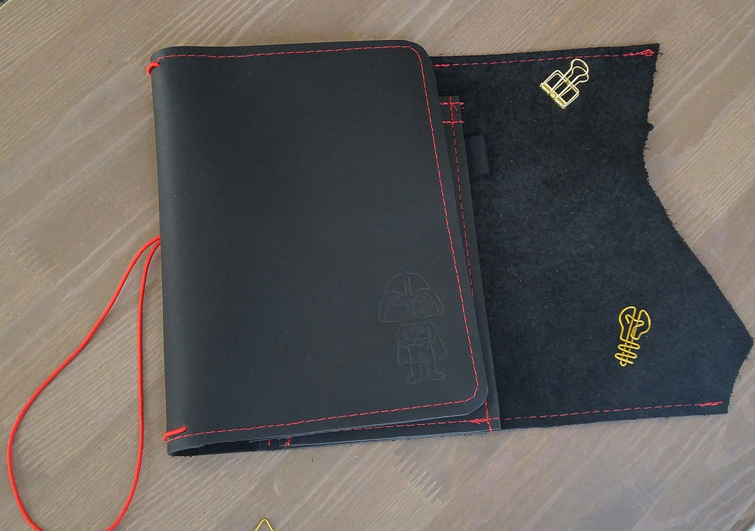 Darth CUSTOM leather traveler's notebook Pongo / A5 size