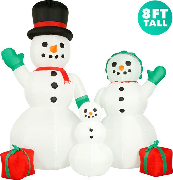 8 ft tall Snowman Family
