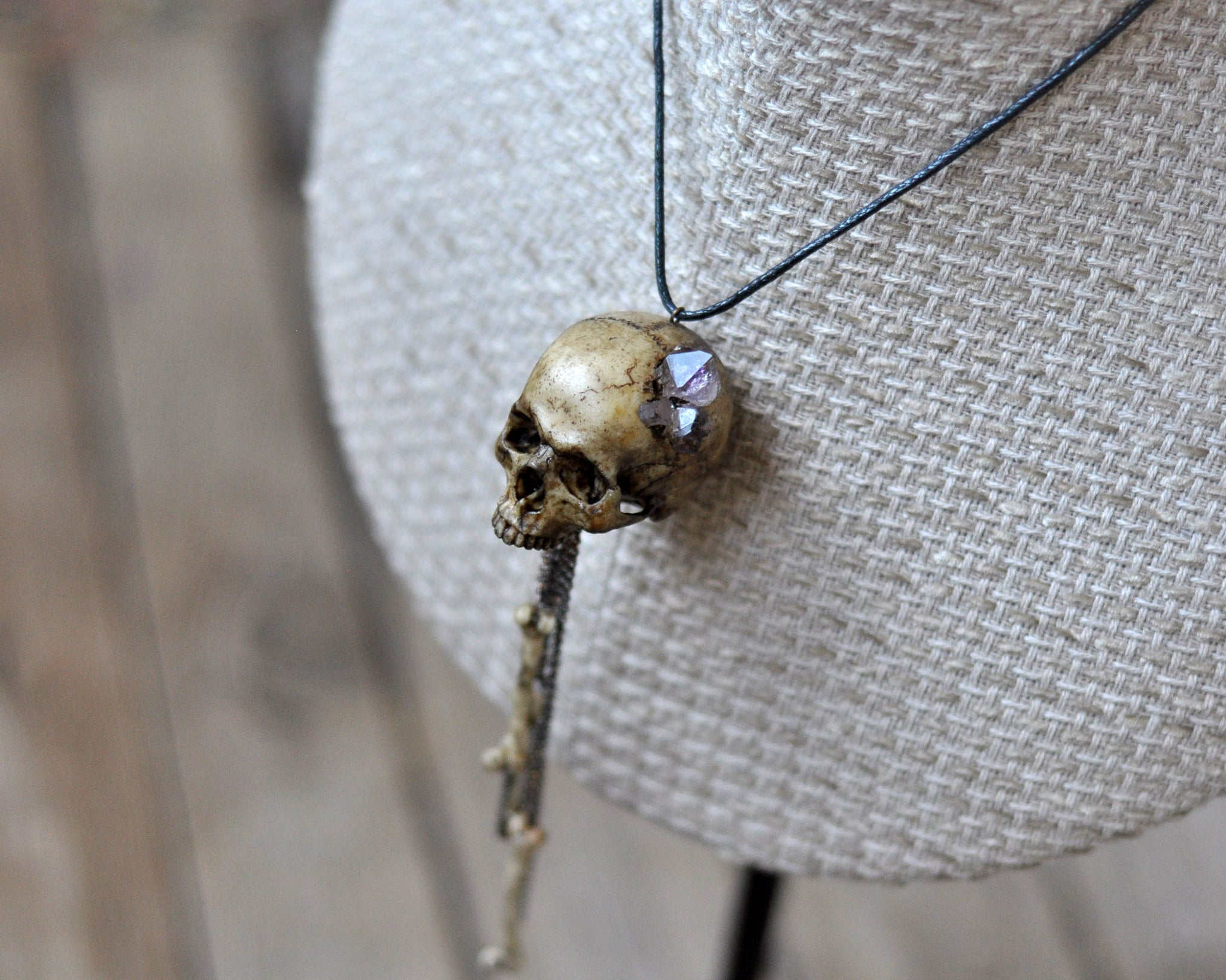 High Detailed Realistic Replica Human Skull Necklace, Realistic Bones and Skull Pendant, Gothic Style Resin Jewelry, Gothic Accessories