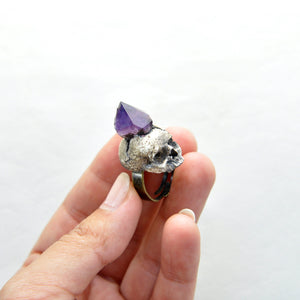 Hand Sculpted Realistic Skull Ring with an Amethyst