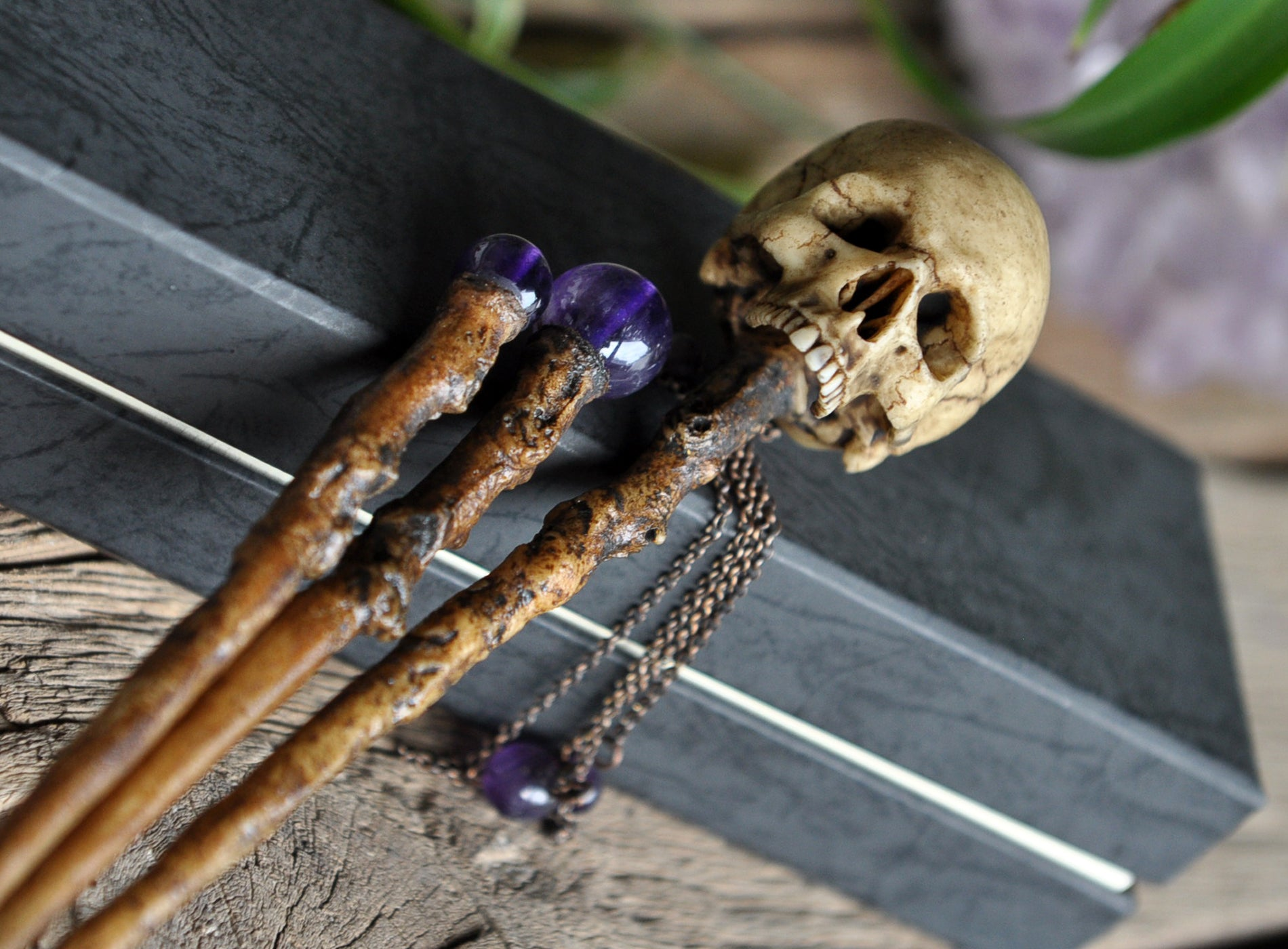 Realistic Human Skull Hair Sticks, Realistic Tree Branch Hair Wand, Amethyst Hair Accessories, Gothic Style Wedding Accessorize, Hair Sticks