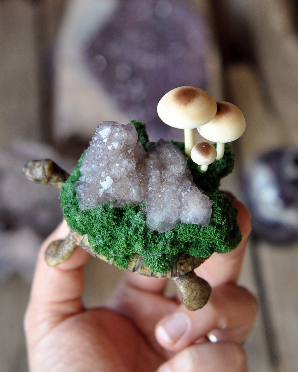 Tortoise Decorative Miniature Art Object, Mushrooms Family Resin Art, Spirit Amethyst Quartz Crystal Cluster, Realistic Forest Tortoise Home Decoration Art Object