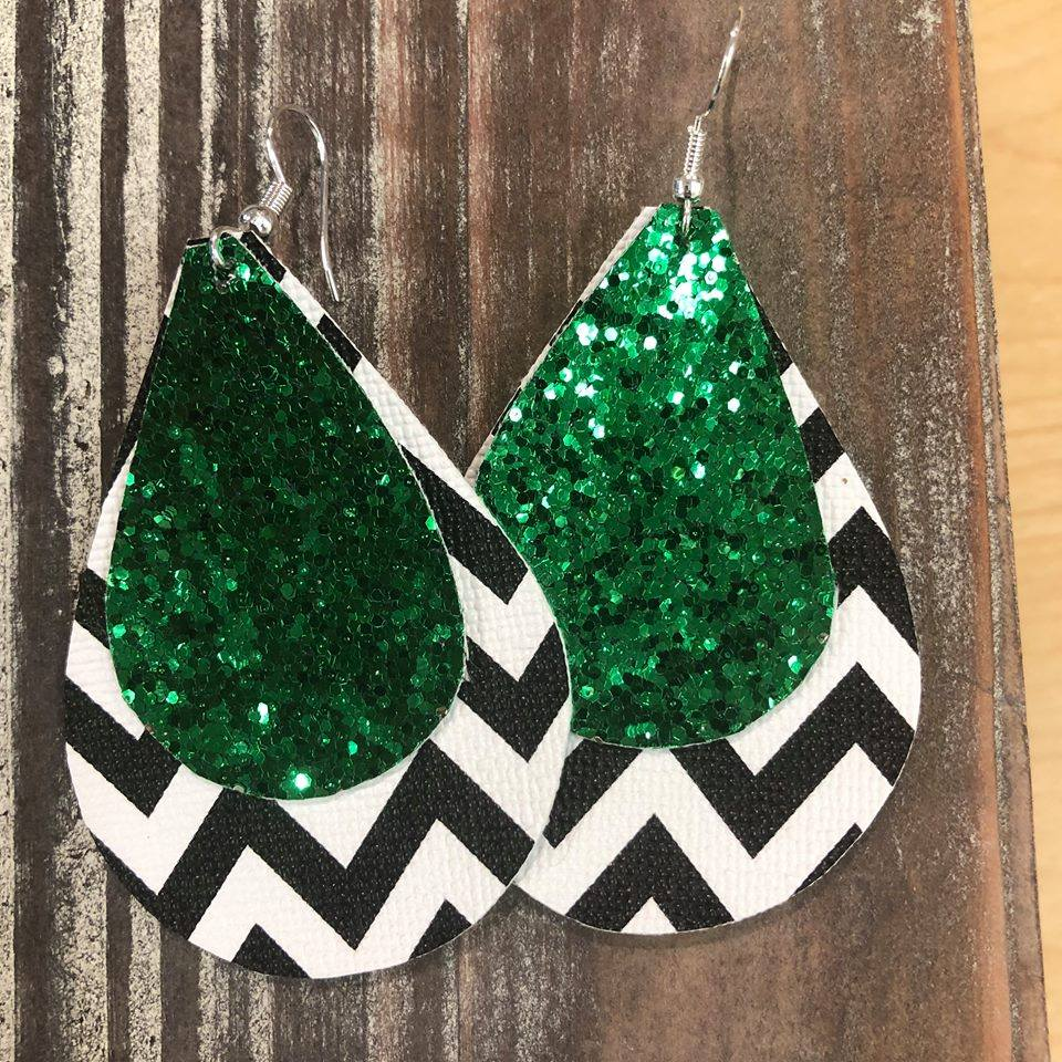 Chevron Glitter Hang Leather Earrings
