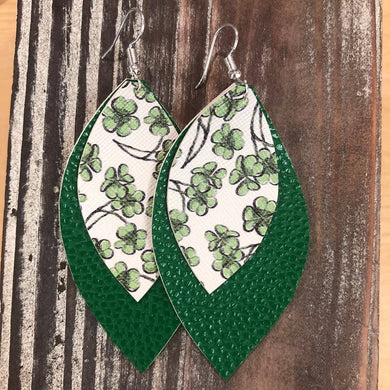 Fancy Me Clover Hang Leather Earrings