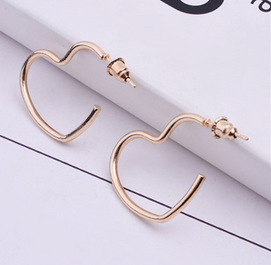 Small Gold Heart Earrings