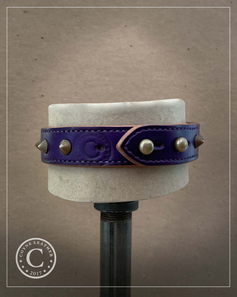 Choker: spiked purple