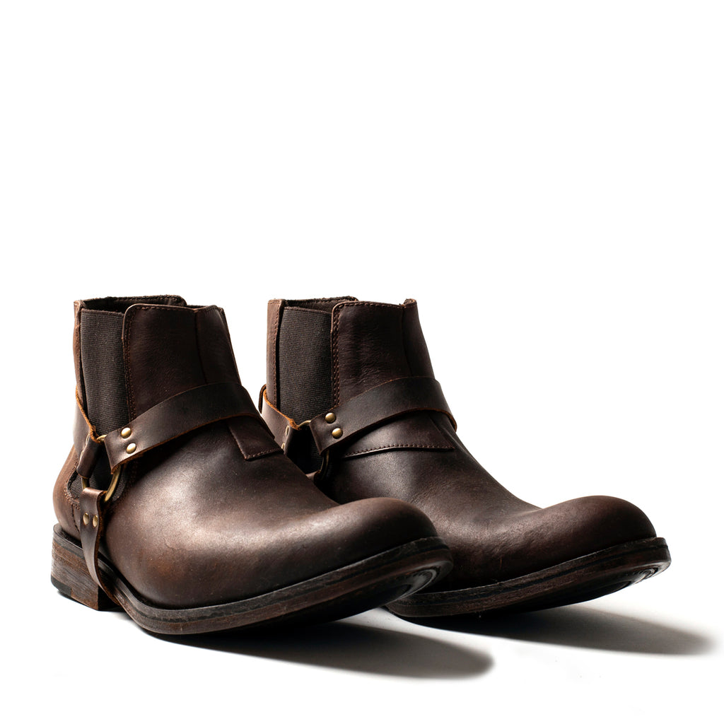 PERKS! Chelsea Spur boots