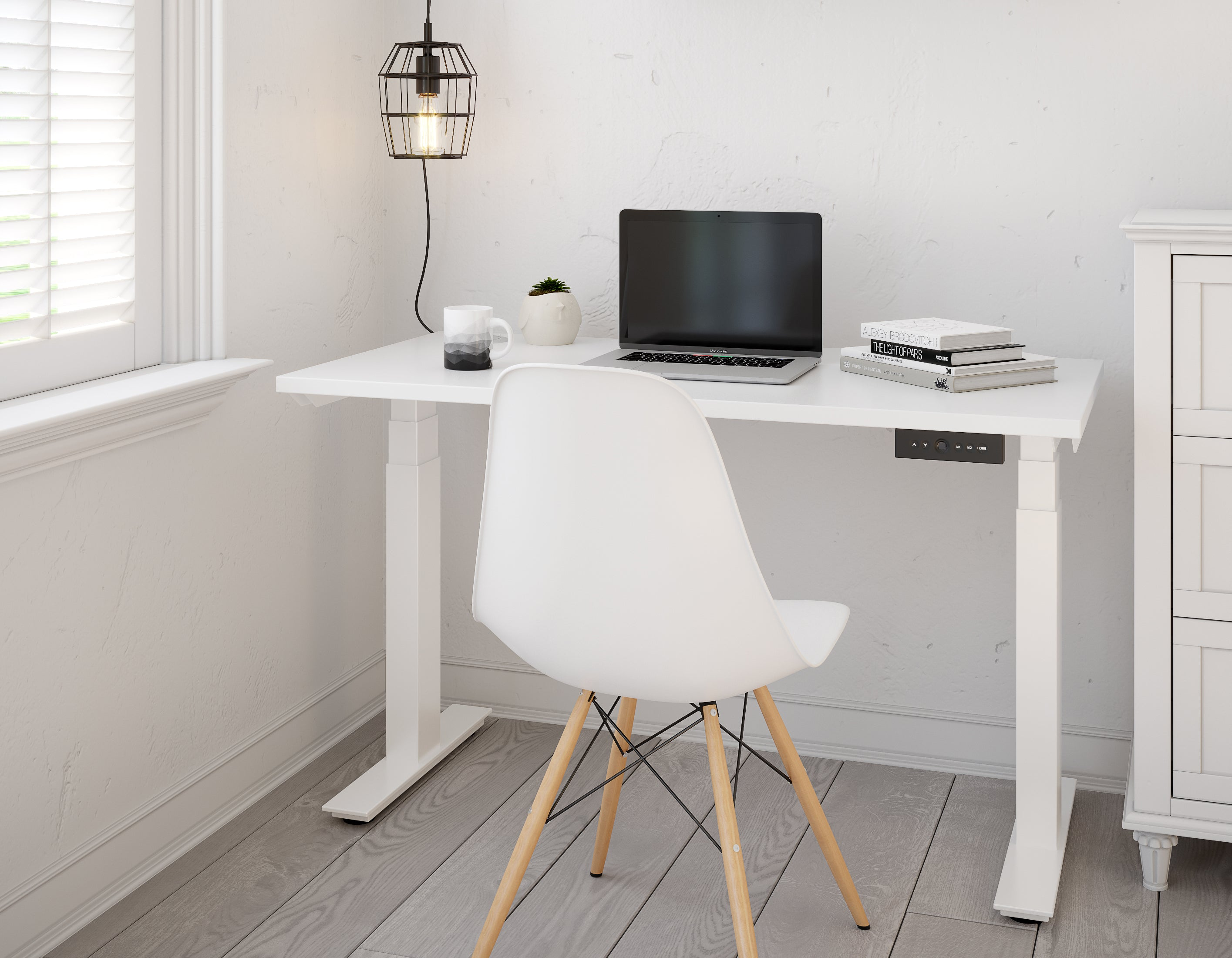 Height Adjustable Desk: The Benefits of a Standing Desk