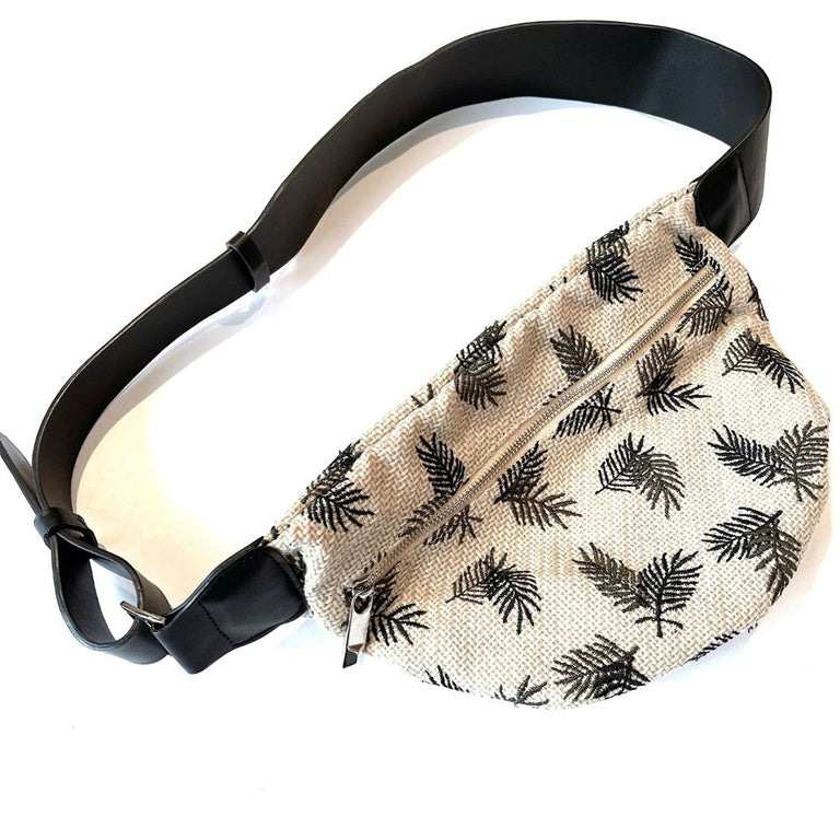 Crochet Necklace Black-Gold and Silver
