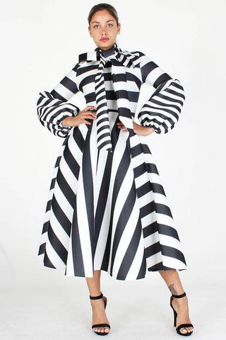 Black and White Stripe  Midi Dress w Bowtie and Puff Sleeves, Regular Sizes