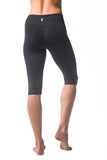 Signature Capri Legging