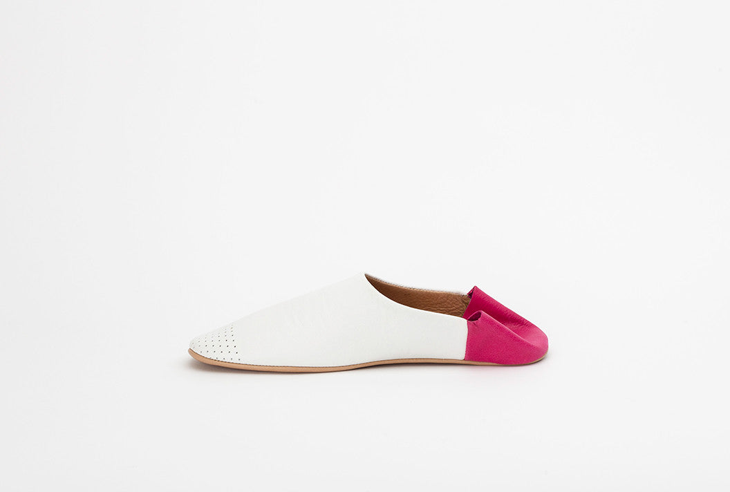 Single Stylish Women's Leather Slipper / House Shoe | White and Pink