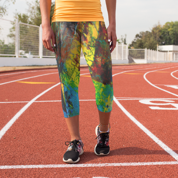Fault Line Yoga Capri Leggings