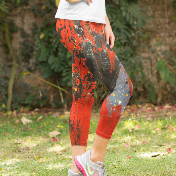Martian Landscape Yoga Capri Leggings