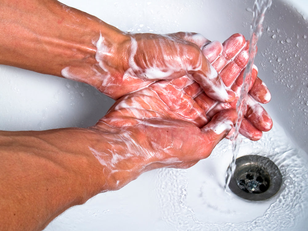 How to Prevent Dry, Cracked Winter Hands