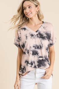 V-neck Tiedye Tunic in Light Pink