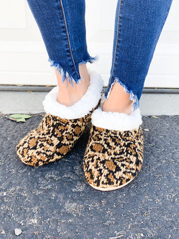 Cheetah non-slip slippers