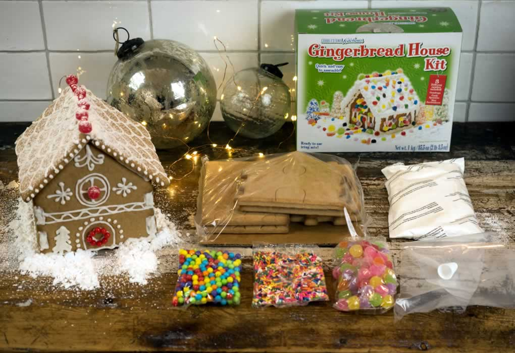 Gingerbread House Kit contents