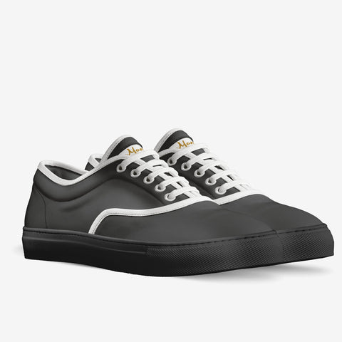 The Storia unisex classic skaters (black)