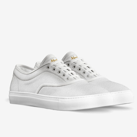 The Storia unisex classic skaters (white suede)