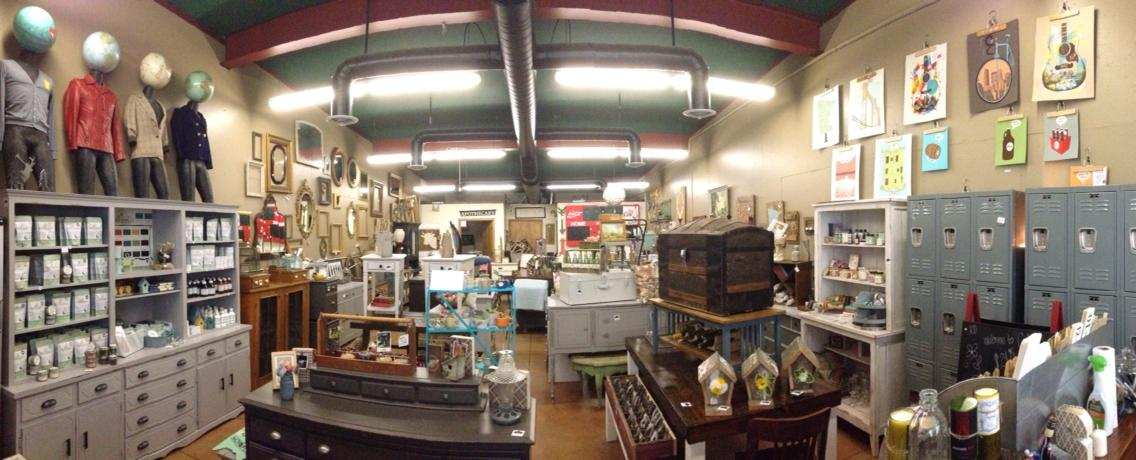 Carver Junk Company | Carver, MN Occasional Store | Store view after Saturday of sale