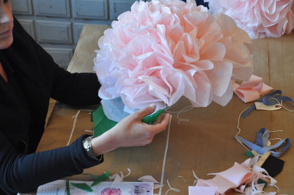 MakeMN at Carver Junk Company | Handmade, Pinterest-inspired DIY Project Workshops in Minneapolis, MN | Tissue Paper Peony | Flower Making 101