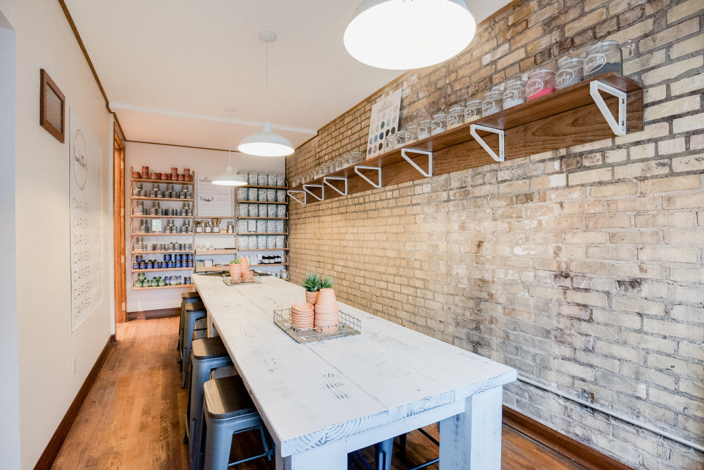 Carver Junk Company's New Chaska Location | DIY Workshops | Pinterest-Inspired Workshop Space | DIY Classes in the SW Metro Minneapolis | Miss Mustard Seed's Milk Paint | General Finishes Chalk and Milk Paint