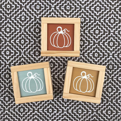 Fall Pumpkin Signs: Mini Fall Table or Shelf Signs