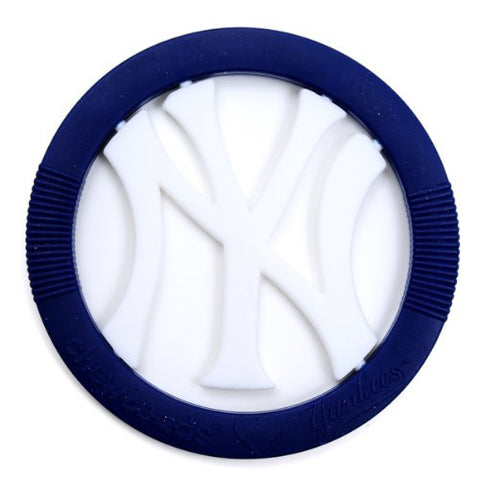 Chewbeads MLB Gameday Teether, 100% Safe Silicone - New York Yankees