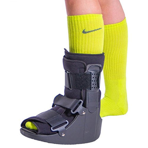 BraceAbility Short Broken Toe Walker Boot | Protects your Foot & Ankle while Healing after Fracture Recovery, Surgery or Injury - XS