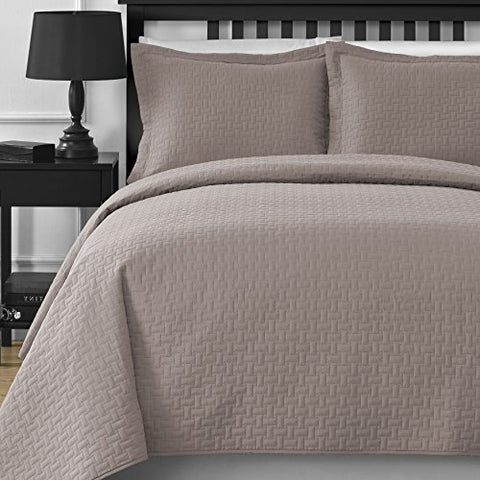 Extra Lightweight and Oversized Comfy Bedding Frame Embossed 3-piece Bedspread Coverlet Set (King/Cal King, Khaki)