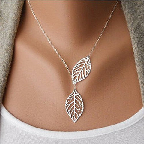 Aukmla Chic Leaf Shaped Chain Jewelry Necklaces for Women and Girls (Sliver)