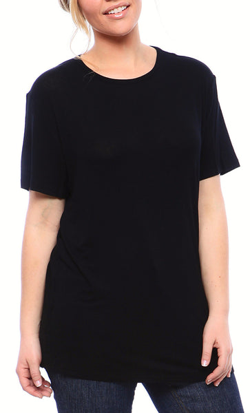 Expertly Cut Crew Tee with Short Sleeves in Black - Derby Clothes