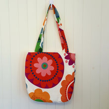 Cheerful Bottle Tote Bag - Apple & Radish
