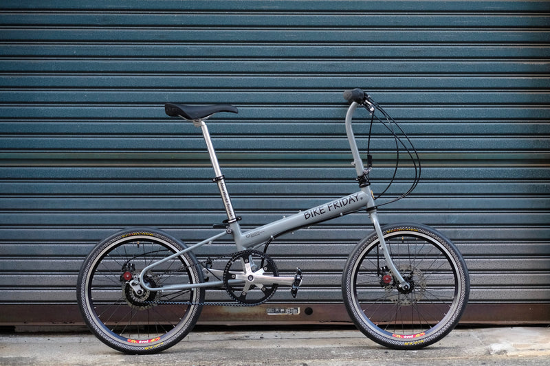 "BIKE FRIDAY New World Tourist Disc ""Circles Edition"" Flat Bar Style --Build to Order"