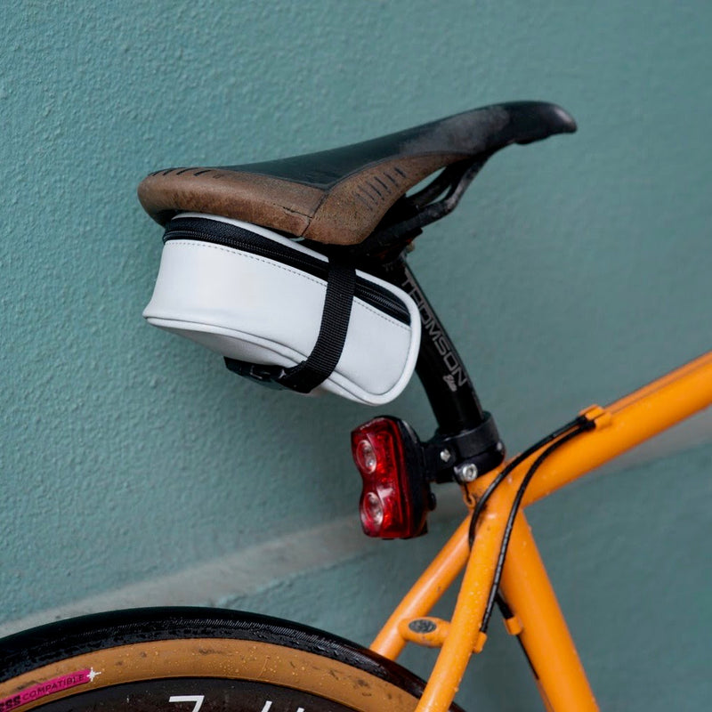 CYCLEAWARE Beamer reflect Saddle Bag