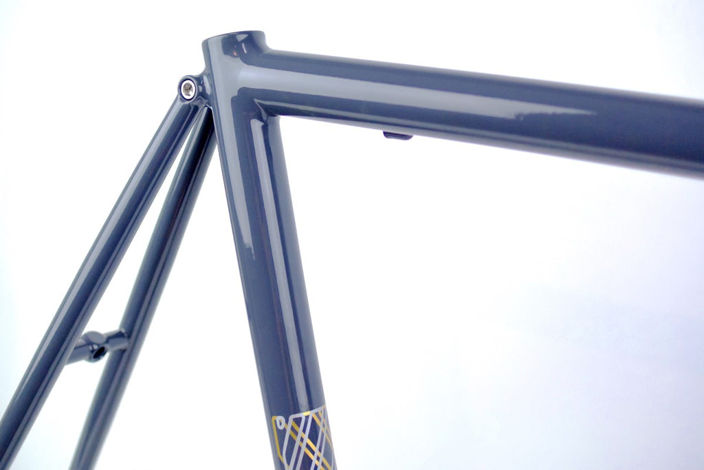 BLACKCAT BICYCLES Smooth Road Frame Set / Greyish Massive 56