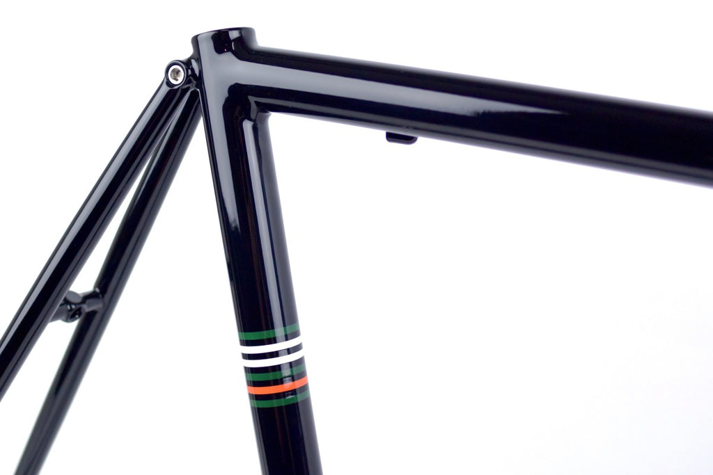 BLACKCAT BICYCLES Smooth Road Frame Set / Black Stripes 54