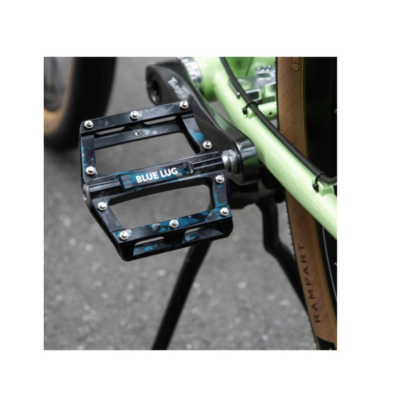 BLUE LUG Shark Pedal