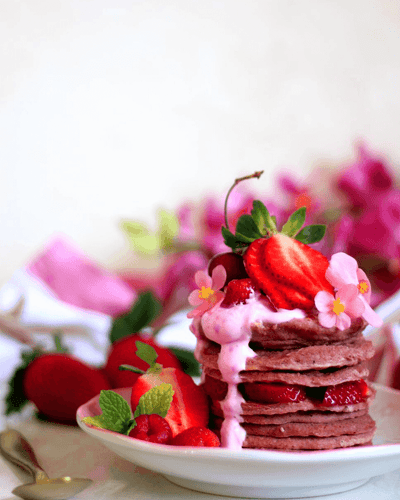PRETTY IN PINK PANCAKES