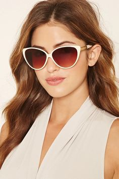 Cat Eye Sunglasses With Gold Braid Hands