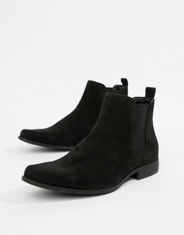 Chelsea Boots in black faux suede