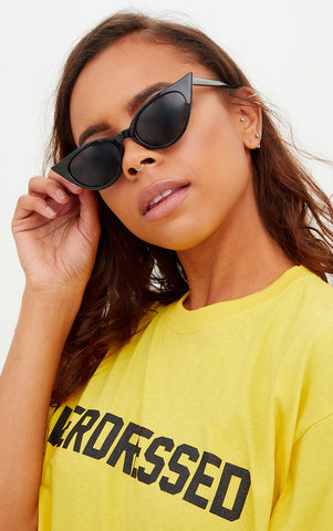 Extreme Cat Eye Slim Retro Sunglasses