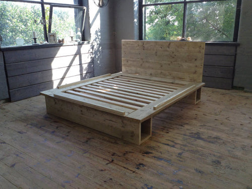 Airedale - Platform Bed - Brogan & French