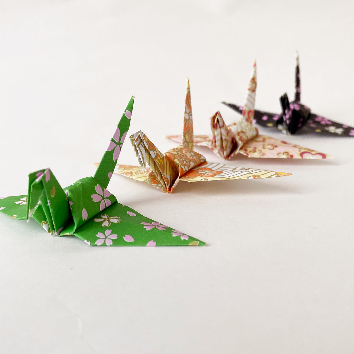 "1000 3"" Japanese Style Pattern Origami Paper Cranes"