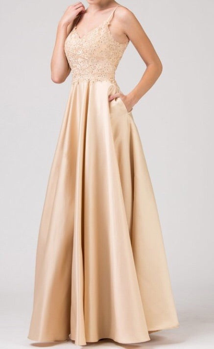 Satin pleated long dress w/ pockets - Fashdime